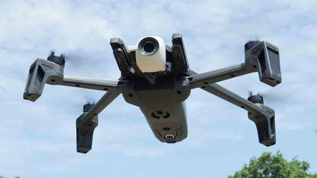 Le drone Anafi est le modèle porteur de tous les espoirs de Parrot, même si sa version grand public a été un échec.