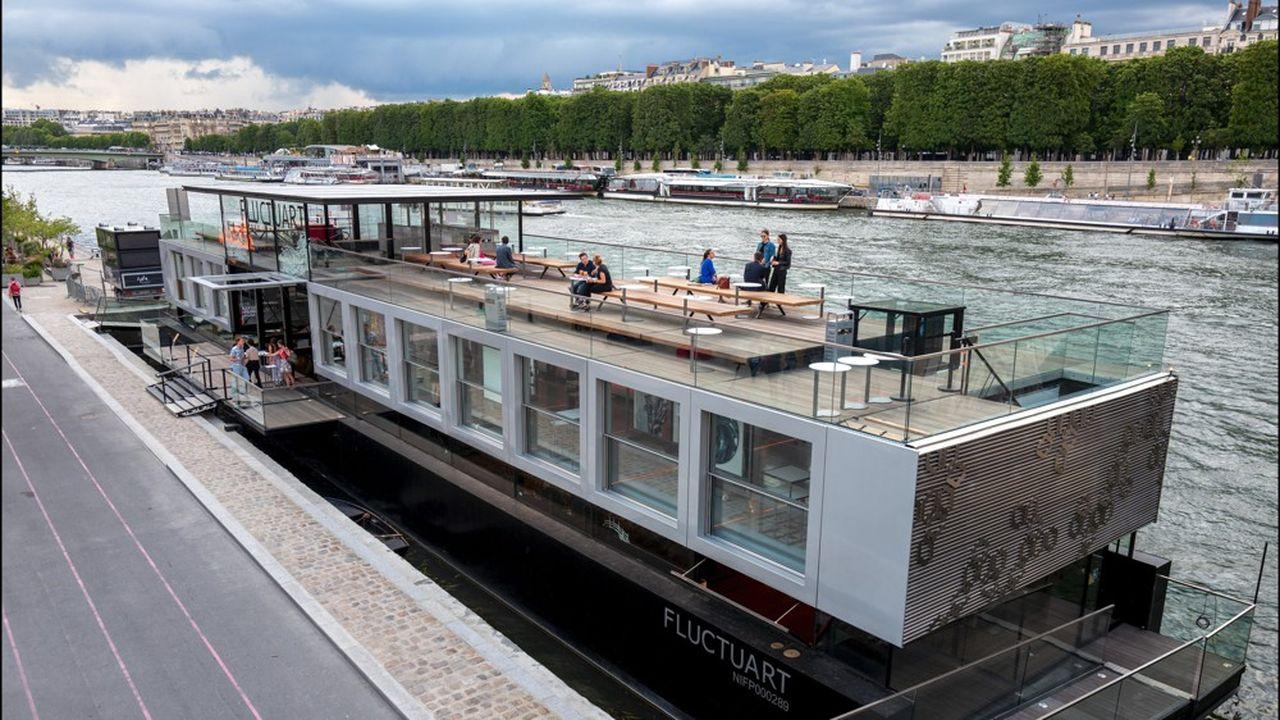 Fluctuart, premier centre de street art sur une barge