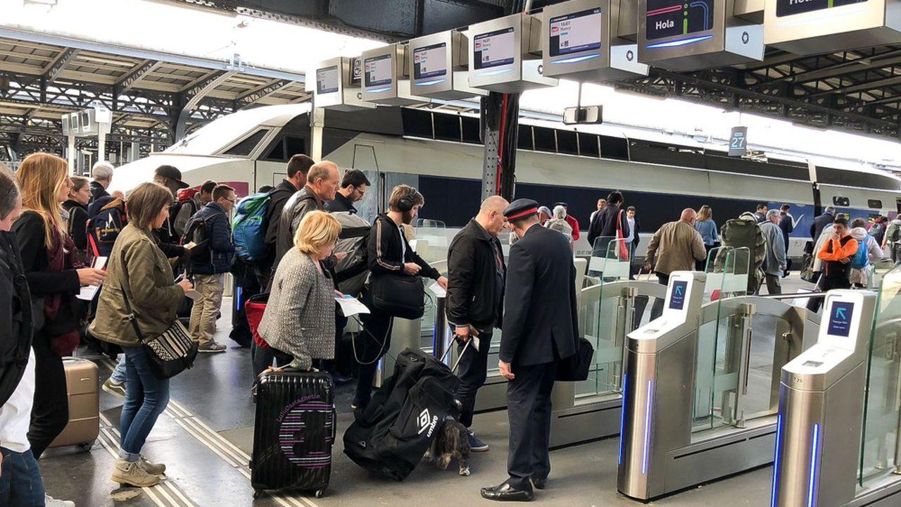 A l'instar de la gare de l'Est, des portiques automatisés ont été mis en place dans les principales gares parisiennes, afin de contrôler l'entrée des voyageurs sur les quais.