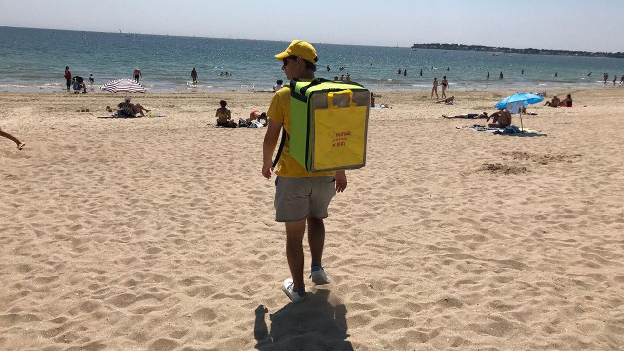 L'application de la start-up Playac, permettant de se faire livrer des repas sur la plage.