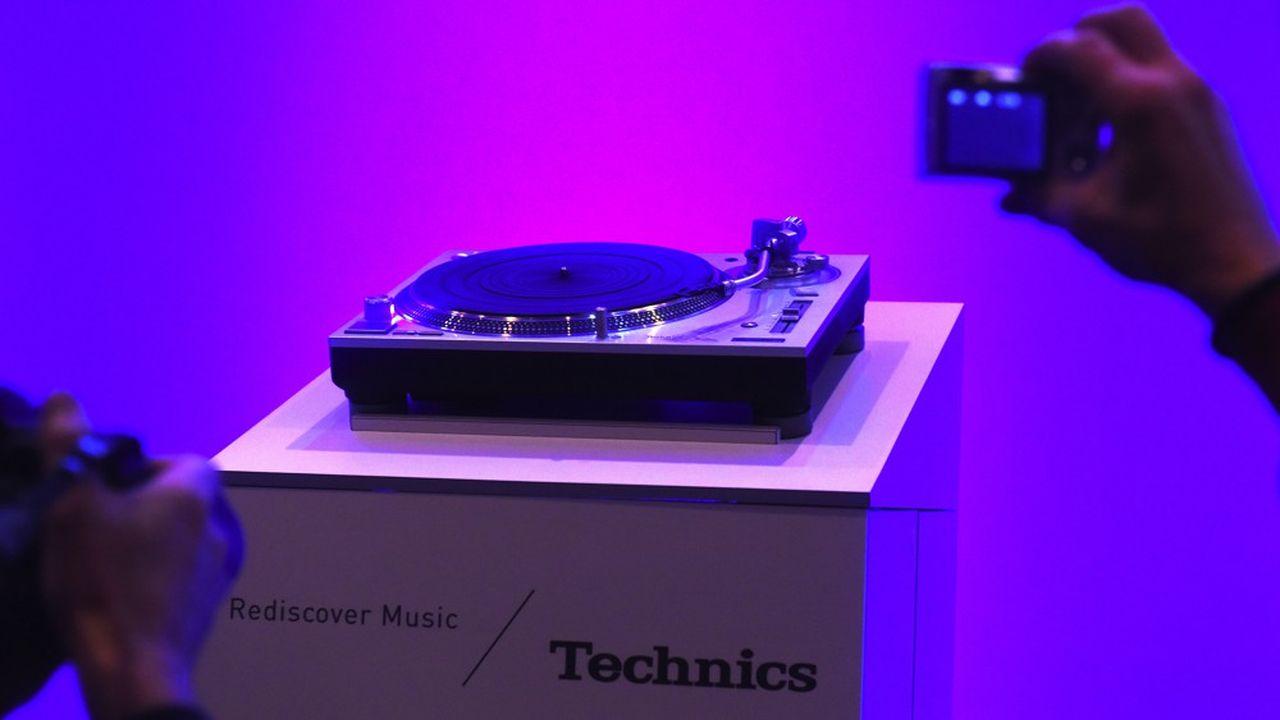 En 2015, Panasonic a ressorti des platines sous la marque Technics