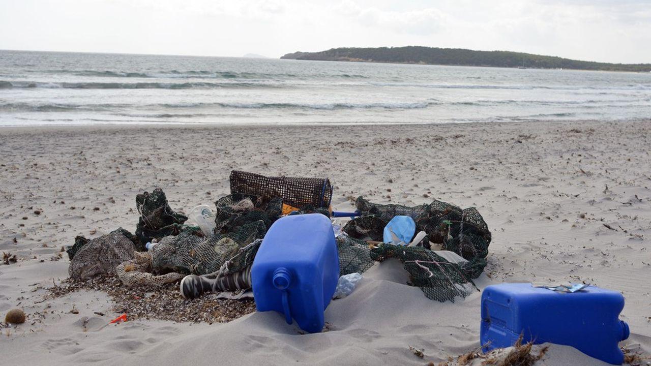 En mer Méditerrannée, on trouve près de 300 déchets par km², la densité la plus importante d'Europe.