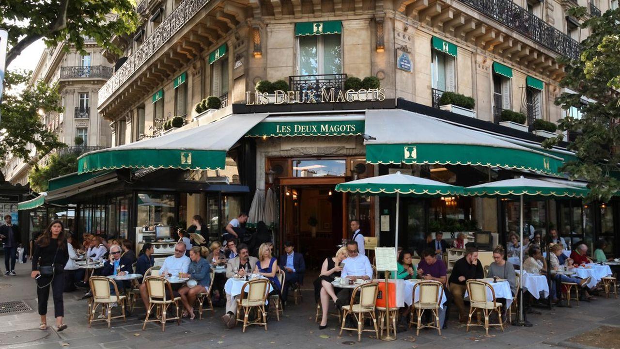 Fever propose moult activités à Paris, notamment des ballades à Saint-Germain-des Prés.