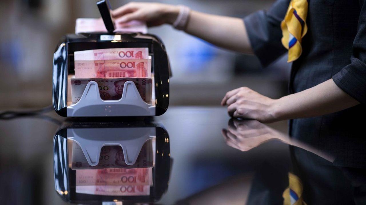 Lundi, la devise a franchi le seuil symbolique des 7 yuans pour un dollar, son niveau le plus bas depuis 11 ans.