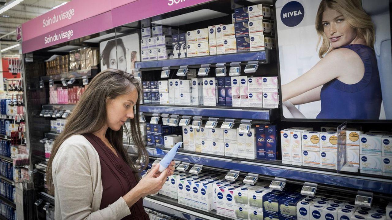 En plus de la crème Nivea, le groupe Beiersdorf possède la griffe de luxe La Prairie, mais aussi des marques de soin comme Eucerin, Labello, Hansaplast, Florena ou encore les déodorants 8x4.