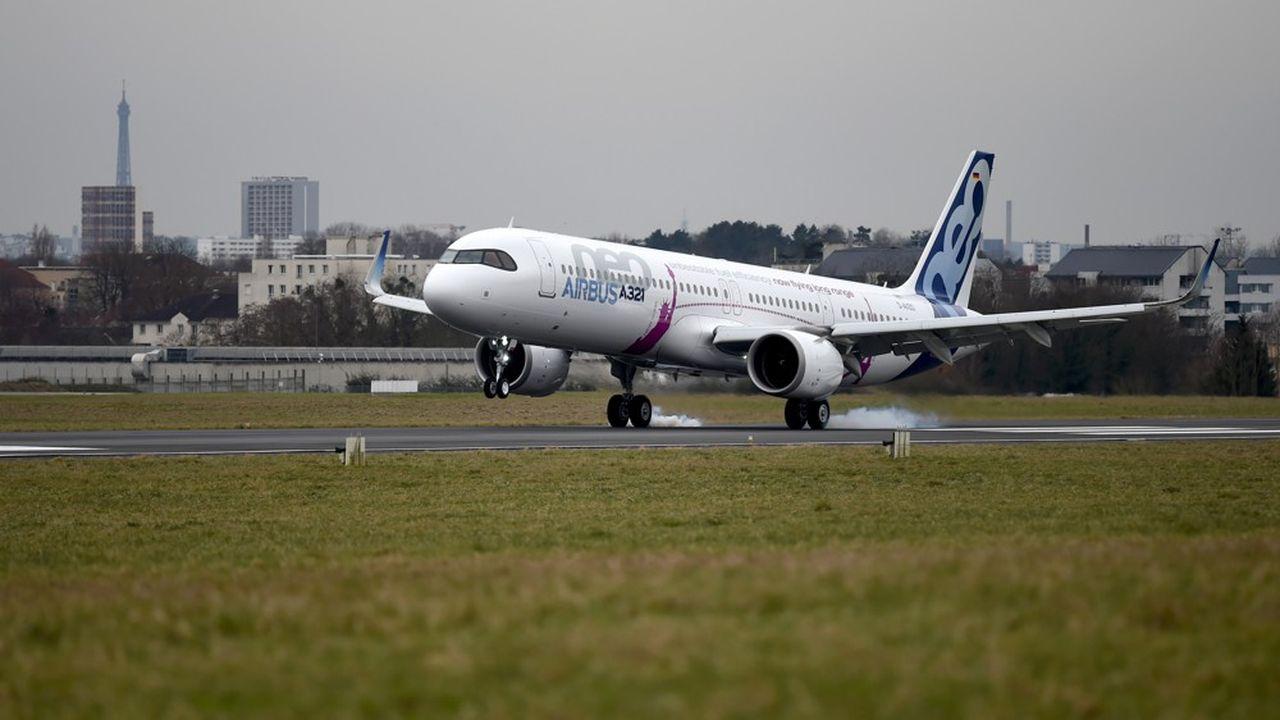 Les nouvelles versions de l'A321 développées par Airbus ne cessent de gagner en rayon d'action. L'A321 LR permet les liaisons transatlantiques, et l'A321 XLR permettra de passer à 8.500km d'autonomie.