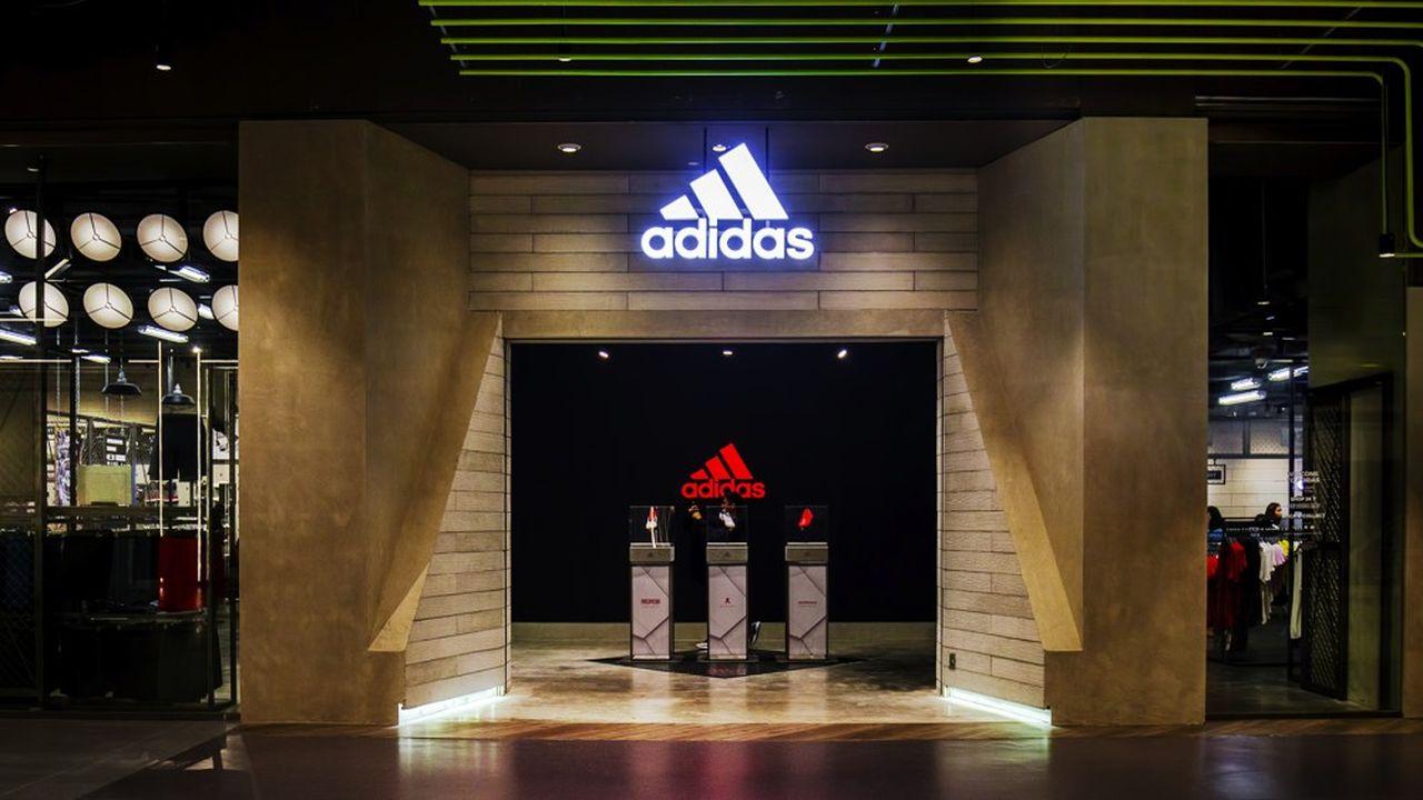 Les ventes de la marque phare Adidas ont progressé de 4%, grâce au sportswear, tandis que le sport de performance a reculé dans le football, privé par rapport à l'an dernier de l'effet Mondial en Russie