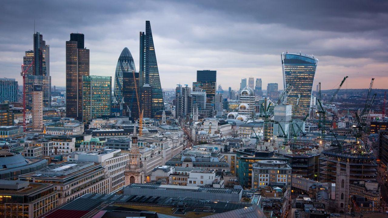 La Cityà Londres, où l'on trouve parmi les plus gros hedge funds au monde