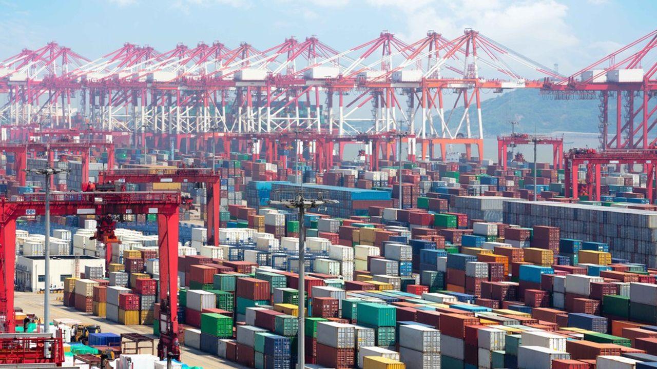 Le port à conteneursde Shanghai (notre photo) reste le numéro un mondial devant Singapour ou Hong Kong.