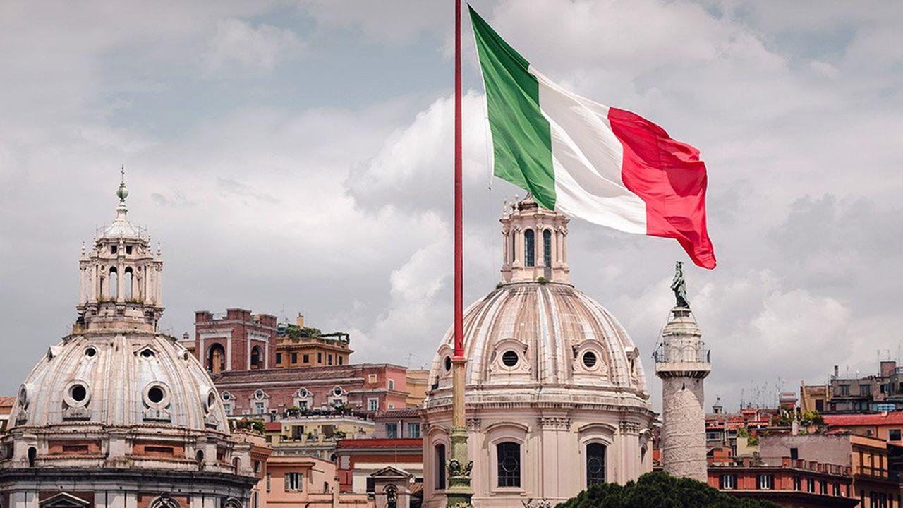 Le taux italien à 10 ans s'est tendu de 25 points de base après l'annonce de la fin de la coalition par le chef de La Ligue.