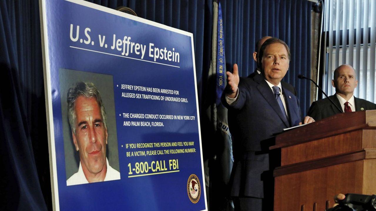 Les enquêteurs se focalisent sur les dizaines de millions de dollars qui ont transité sur les comptes de Jeffrey Epstein au cours des dernières années, dont des flux de capitaux suspects, selon le «New York Times».