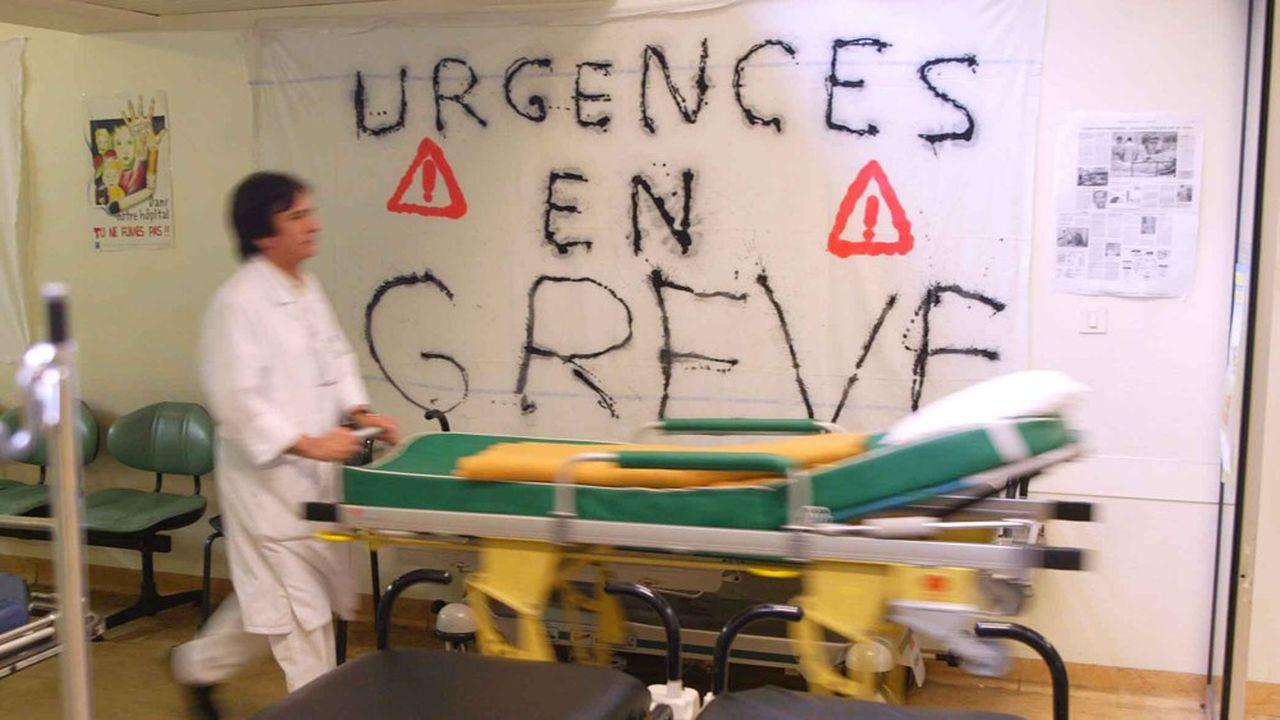 La grève des urgentistes, commencée mi-mars à l'initiative du collectif Inter-Urgences, touche aujourd'hui 217 services en France.