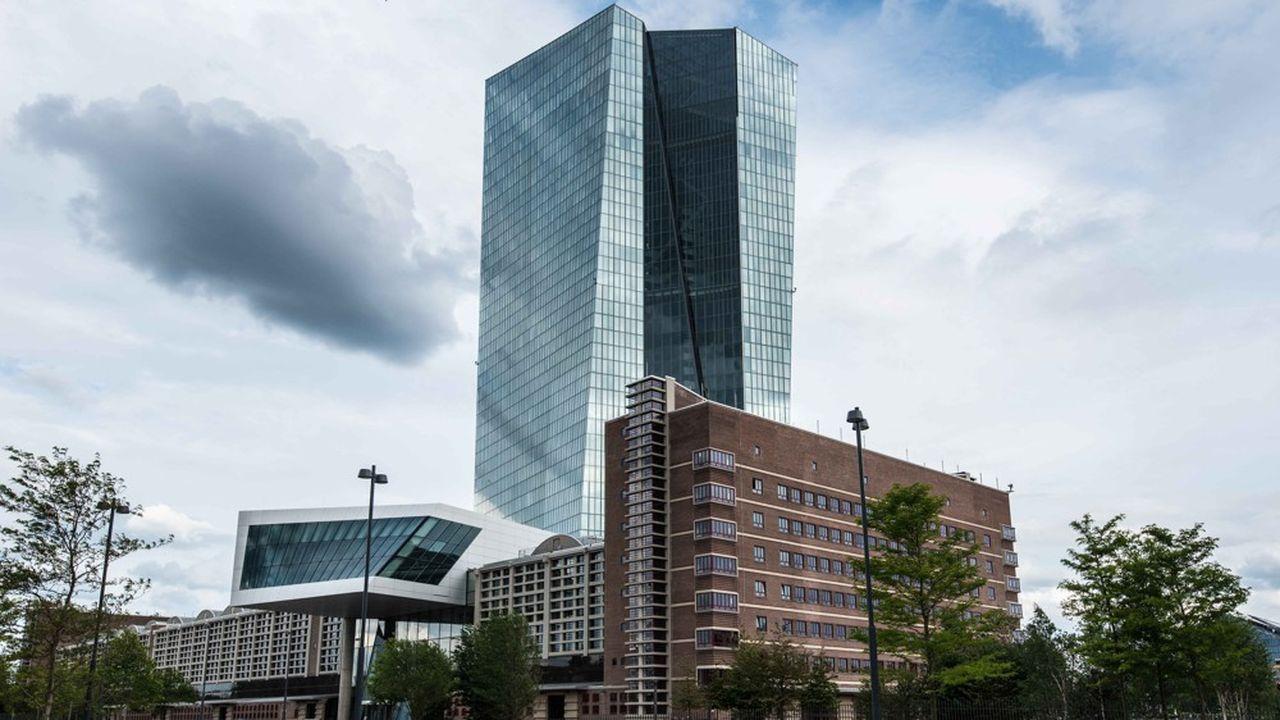 Lorsque les banques déposent de l'argent à la Banque centrale européenne (photo), elles sont actuellement «taxées» à hauteur de 0,40%.