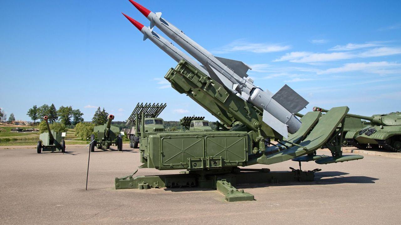 La Russie possède des missiles, comme ceux déployés ici, en grand nombre mais en a développé de nouveaux types ces dernières années.