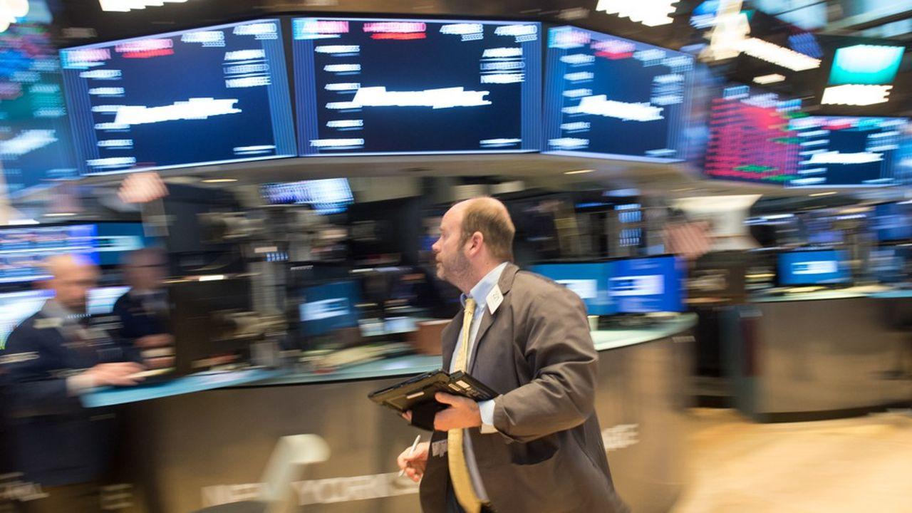 Wall Street plonge de nouveau, ce mercredi, entraînant dans son sillage d'autres places.