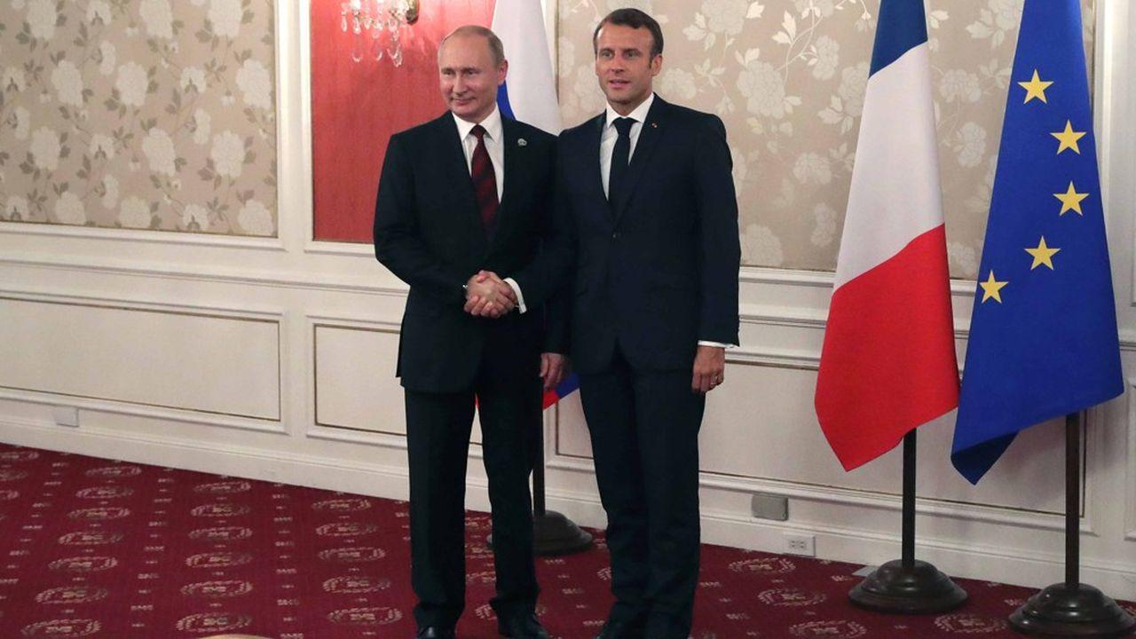 Le président russe Vladimir Poutine et son homologue français Emmanuel Macron se sont rencontrés récemment, à Osaka, fin juin.