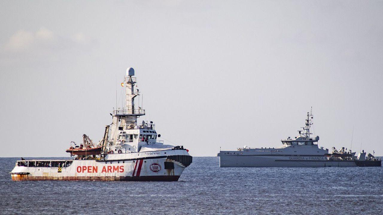 Samedi, le bateau de l'ONG Proactiva Open Arms avait pu débarquer 27 migrants mineurs non accompagnés sur le territoire italien.