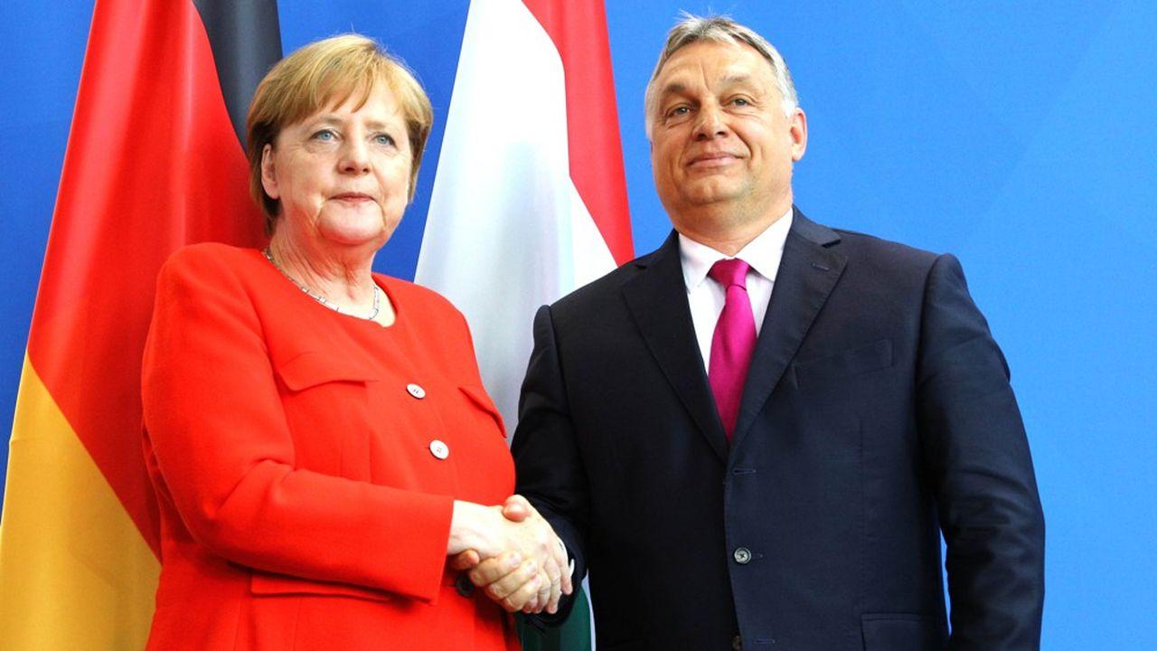 La chancelière allemande, Angela Merkel, et le Premier ministre hongrois, Viktor Orban, s'étaient rencontrés en 2018 pour discuter de la crise des réfugiés vis-à-vis desquels les deux gouvernements avaient des positions divergentes.