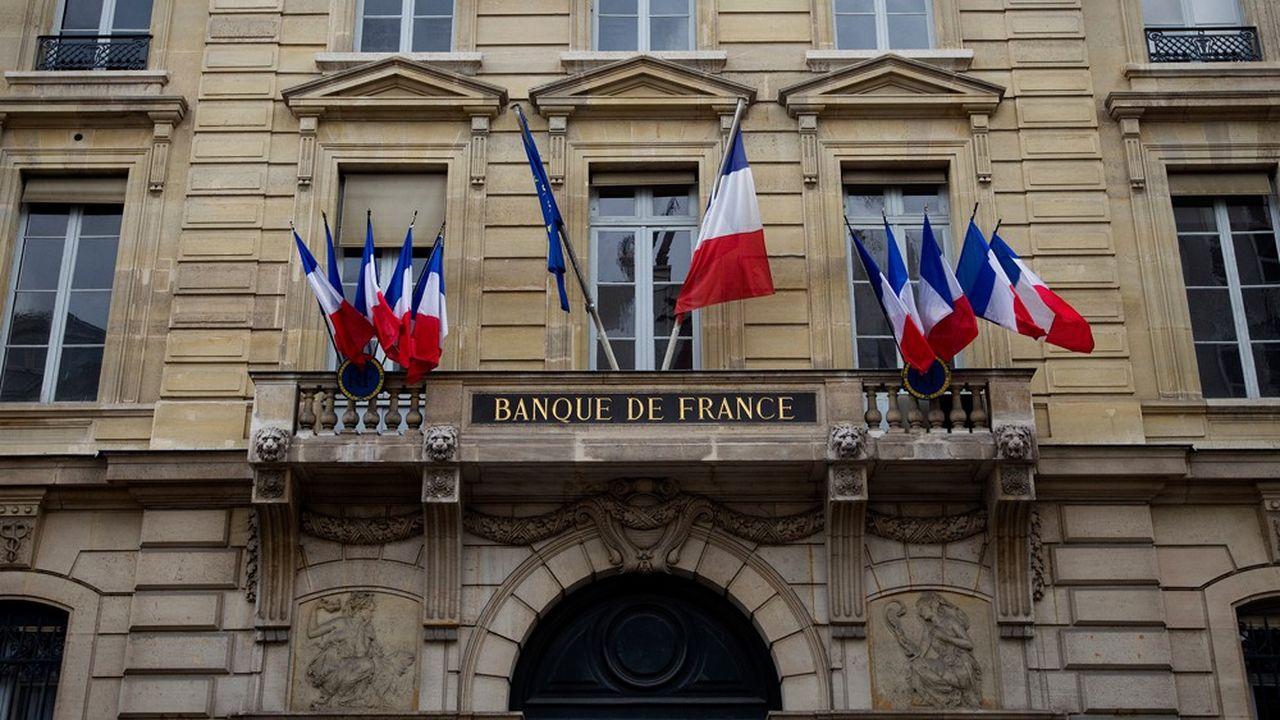 «L'impact d'une hausse des taux d'intérêt serait d'autant plus marqué que, au-delà de l'effet lié au refinancement progressif des dettes arrivant à maturité, 38% de l'endettement des sociétés non financières est à taux variable», estime la Banque de France.