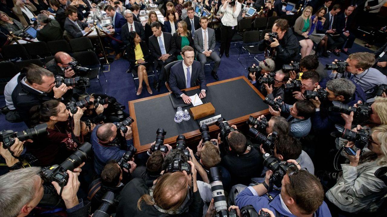 En avril, le patron de Facebook, Mark Zuckerberg, avait été auditionné par les parlementaires américains. D'autres rendez-vous devraient suivre…