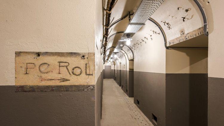On peut visiter le PC de Rol-Tanguy, situé à 20mètres sous terre.