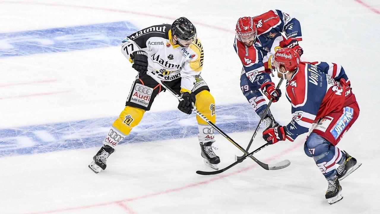 Le club de Rouen a terminé premier de saison régulière de la ligue Magnus mais a perdu contre Grenoble en finale des séries éliminatoires.