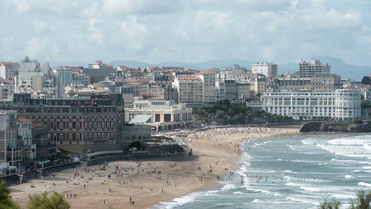 Au final, 25 délégations étrangères, soit environ 3.000 personnes, vont accoster dans la ville côtière le temps du week-end.