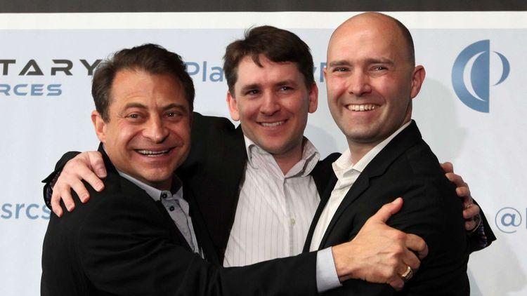 Peter H. Diamandis,Chris Lewicki et Eric Anderson,en avril 2012 à Seattle