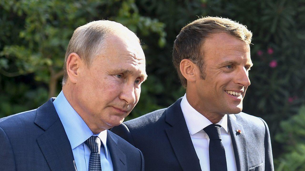 Vladimir Poutine et Emmanuel Macron lors de leur rencontre au fort de Brégançon le 19août.