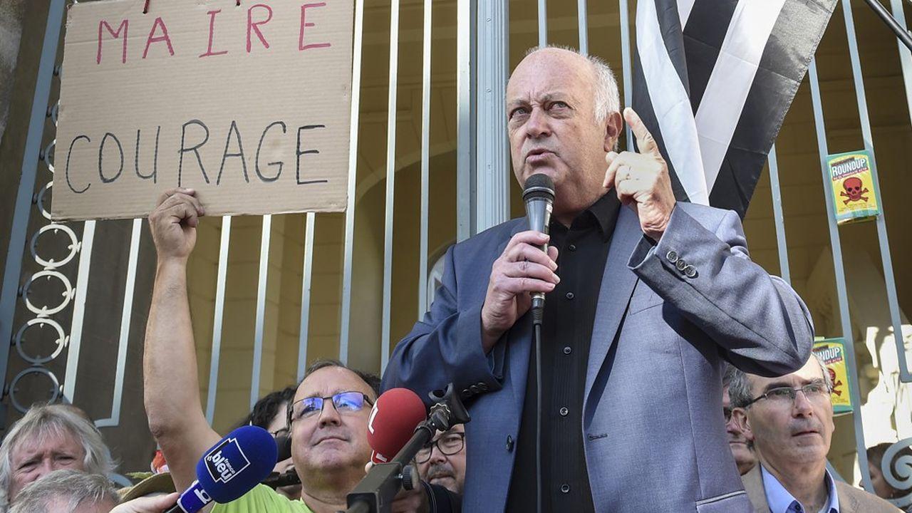La décision des juges sur l'arrêté anti-pesticides du maire de Langouët mise en délibéré