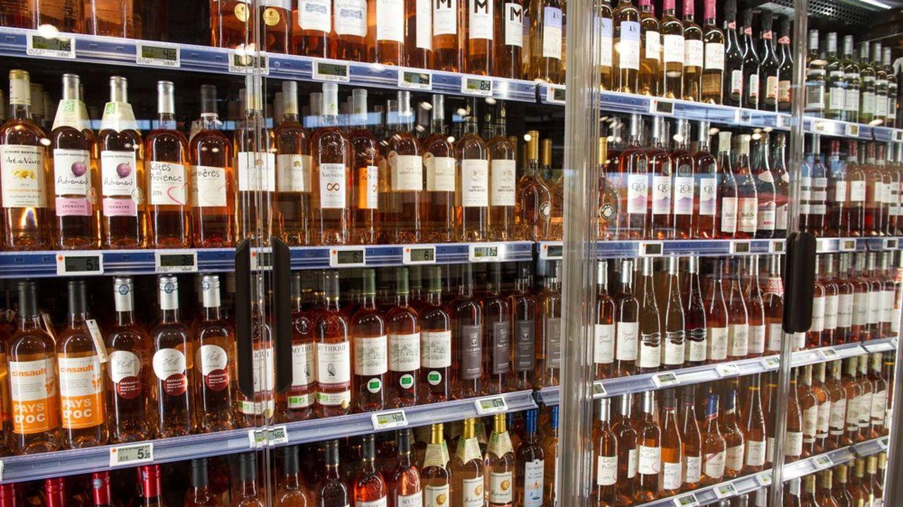 Portés par un succès mondial sans cesse confirmé, les producteurs de rosé notamment de Provence ont poussé les prix.