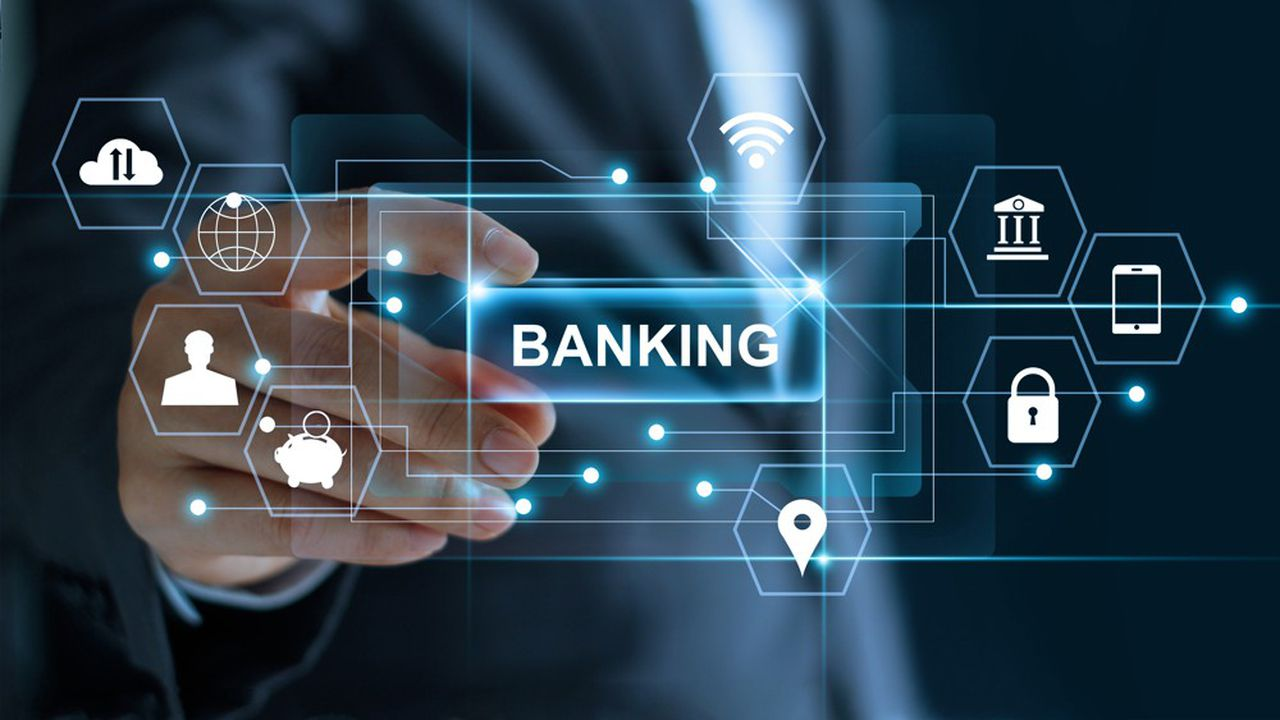 La montée en puissance des fintech pousse les banquiers à réinventer leur métier.