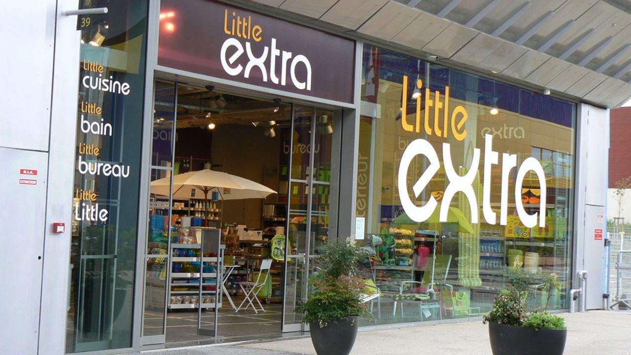 Little Extra possède 19 magasins de vente d'objets.