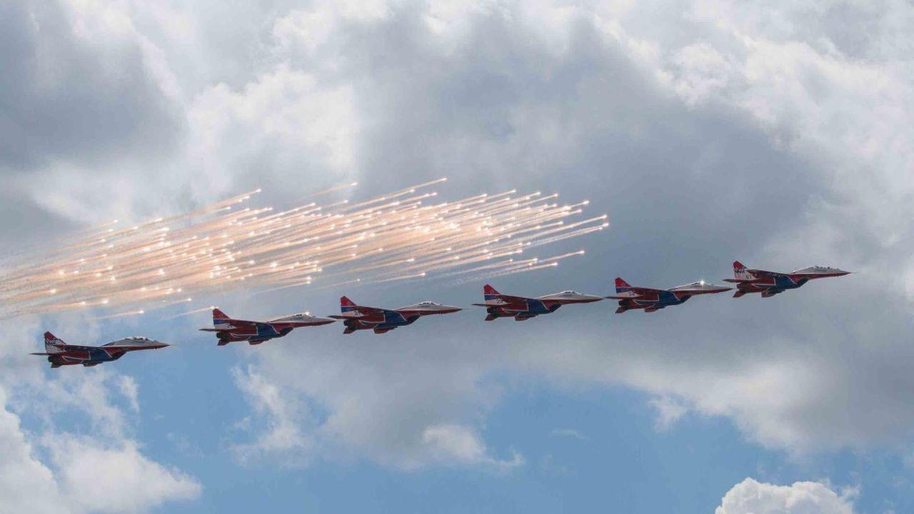 Le Salon aéronautique russe ouvre ses portes mardi27. Il se tient tous les deuxans. Les as de la voltige russe, ici enMiG-29, sont très populaires.