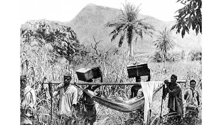 L'expédition de Sir Henry Morton Stanley en Afrique centrale en 1888 était destinée à secourir Emin Pasha, gouverneur d'Equatoria,la province la plus méridionale du Soudan menacée par l'insurrection madhiste