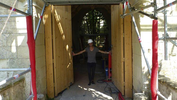 Beaucoup des donateurs participent aux chantiers de bénévoles: depuis un an, 1.200d'entre eux sont venus déblayer les gravats, tailler les haies, dégager les accès,etc.