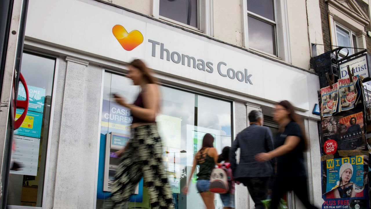 Le plan de sauvetage de Thomas Cook, qui implique sa recapitalisation et une profonde réorganisation du groupe, se traduit globalement par l'injection de 900millions de livres dans l'entreprise.