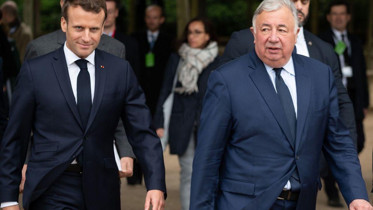 Emmanuel Macron devrait trouver un accord avec le président du Sénat, Gérard Larcher, s'il veut voir aboutir sa réforme des institutions.