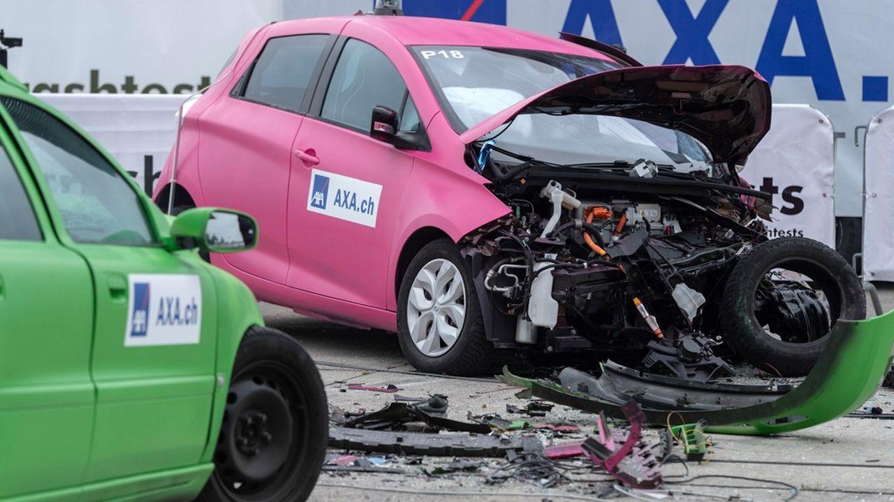 Selon l'assureur français AXA, les véhicules électriques de luxe et les SUV électriques provoquent 40% de sinistres de plus que leurs homologues à moteur à combustion.