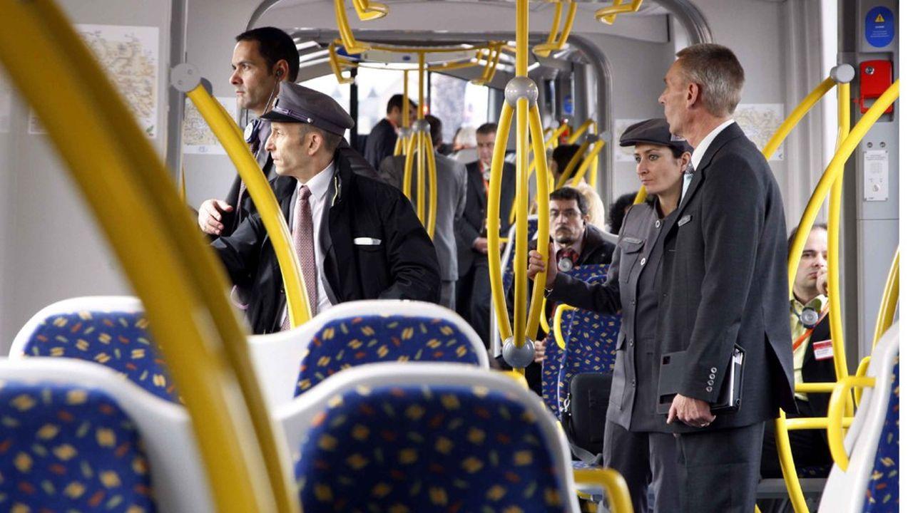 «Globalement, les mesures qui visaient à donner plus de prérogatives aux agents de sûreté sur le terrain (ici dans le tram T4 en Île-de-France, NDLR) fonctionnent», estime l'ex-député PS Gilles Savary, rapporteur du projet de loi en 2016.