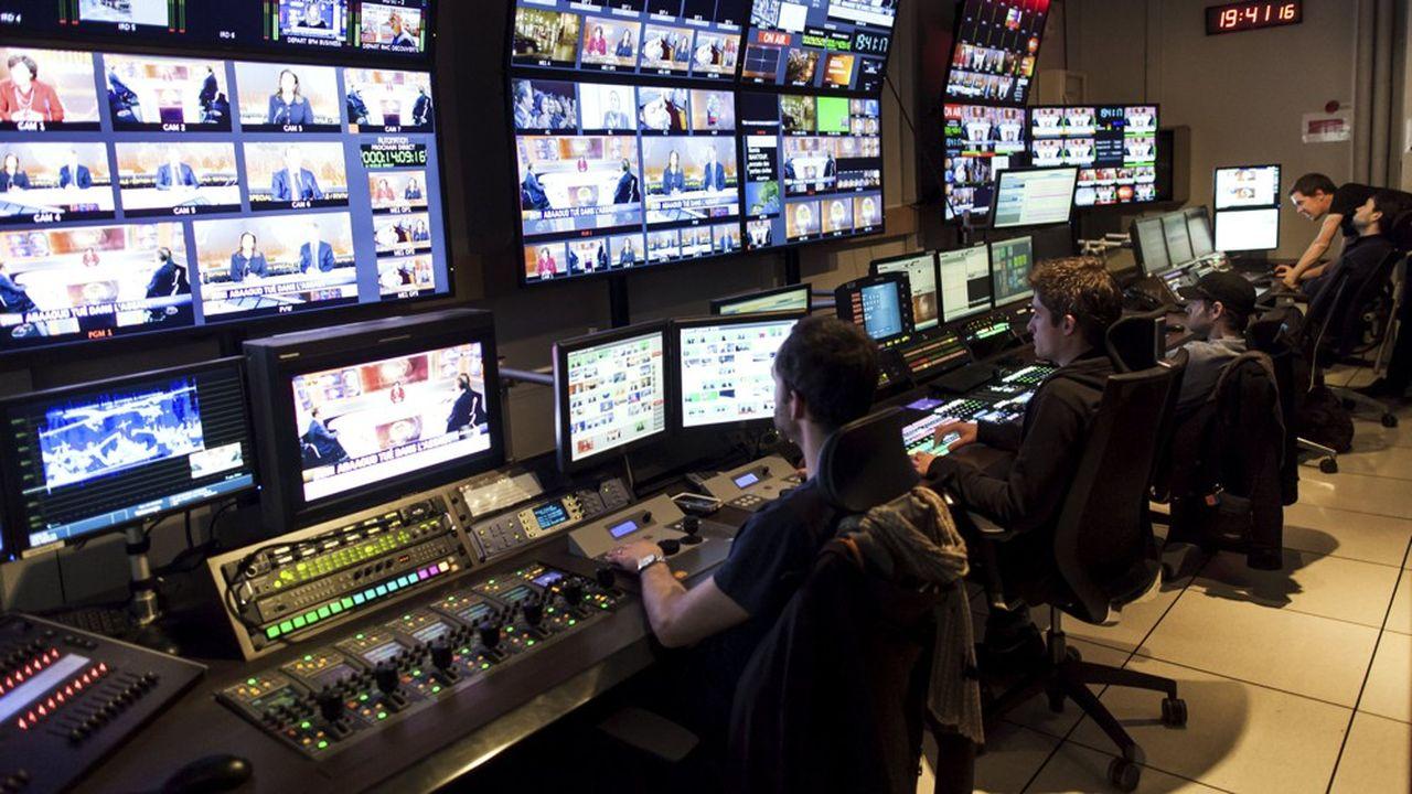 La loi audiovisuelle devrait assouplir plusieurs règles, notamment sur les jours interdits de cinéma.