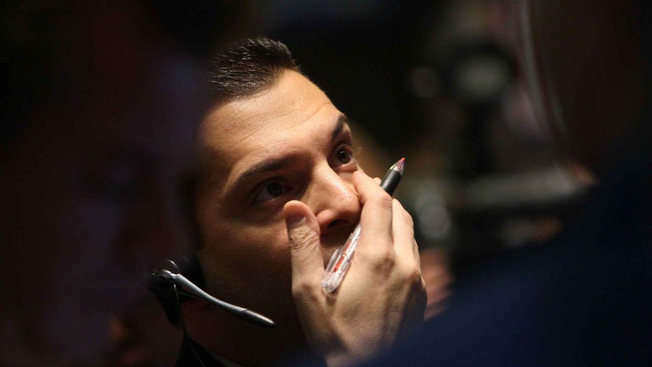 L'inquiétude d'un traderà Wall Streetlors de la dernière crise, en octobre2008. Il n'est pas sûr que les prévisions faitespar les différentes institutions nationales ou internationales aient beaucoup gagné en crédibilité.