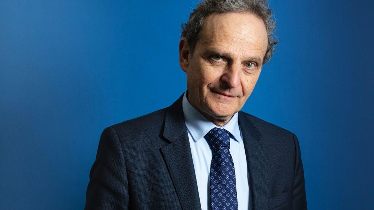 Pour Marc Lazar, « les populistes veulent disqualifier l'expertise car à leurs yeux elle est la forme la plus sournoise de la domination des élites ».