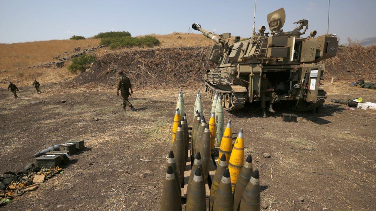 Près de la frontière libanaise, l'armée israélienne prépare, le 1erseptembre, sa riposte à des tirs du Hezbollah libanais, le mouvement chiite utilisé, financé et armé par l'Iran.