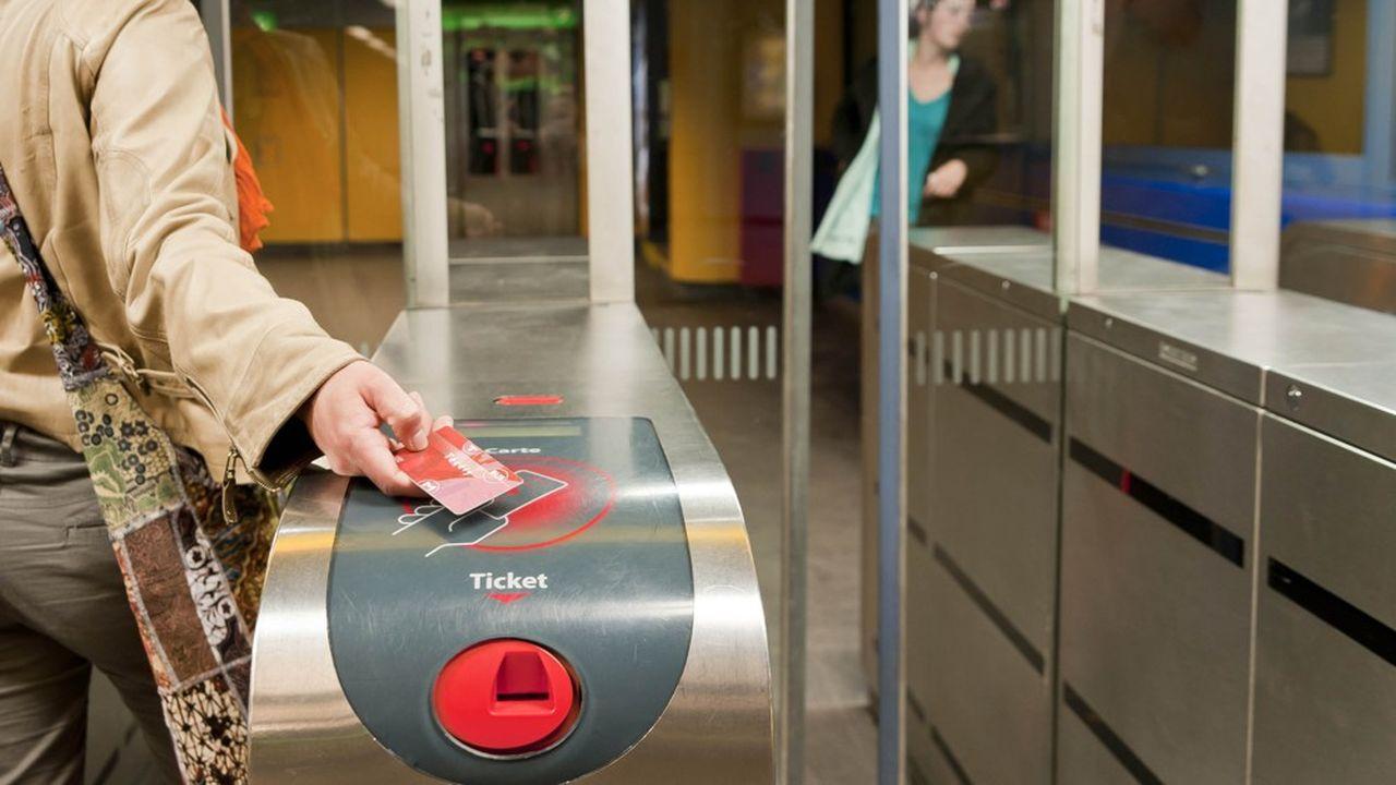 L'ensemble du matériel de billettique à Lyon sera changé en 2022, soit cinq cents distributeurs, cinq mille portillons et quelques centaines de valideurs embarqués dans les bus et les tramways.