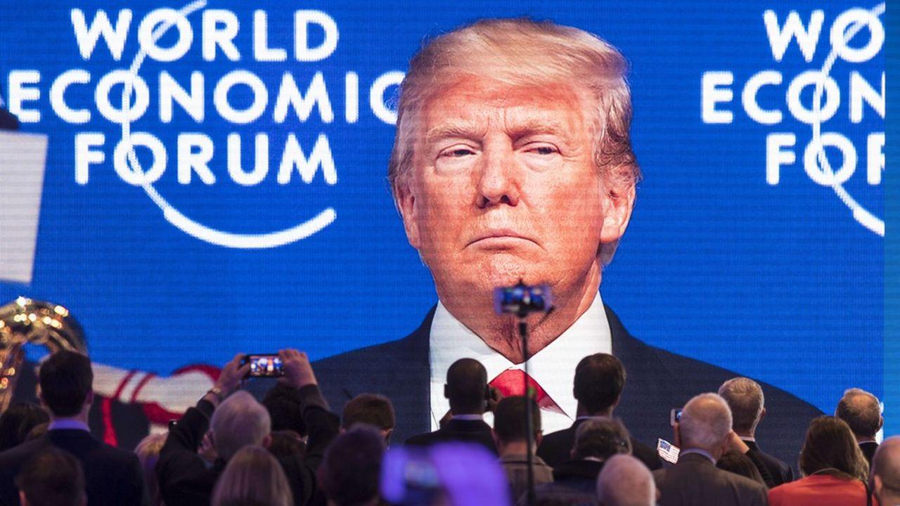 La presse, l'une des cibles favorites de Trump, n'est «rien de plus qu'une machine à propagande diabolique roulant pour les Démocrates», répétait-il encore la semaine passée sur Twitter.