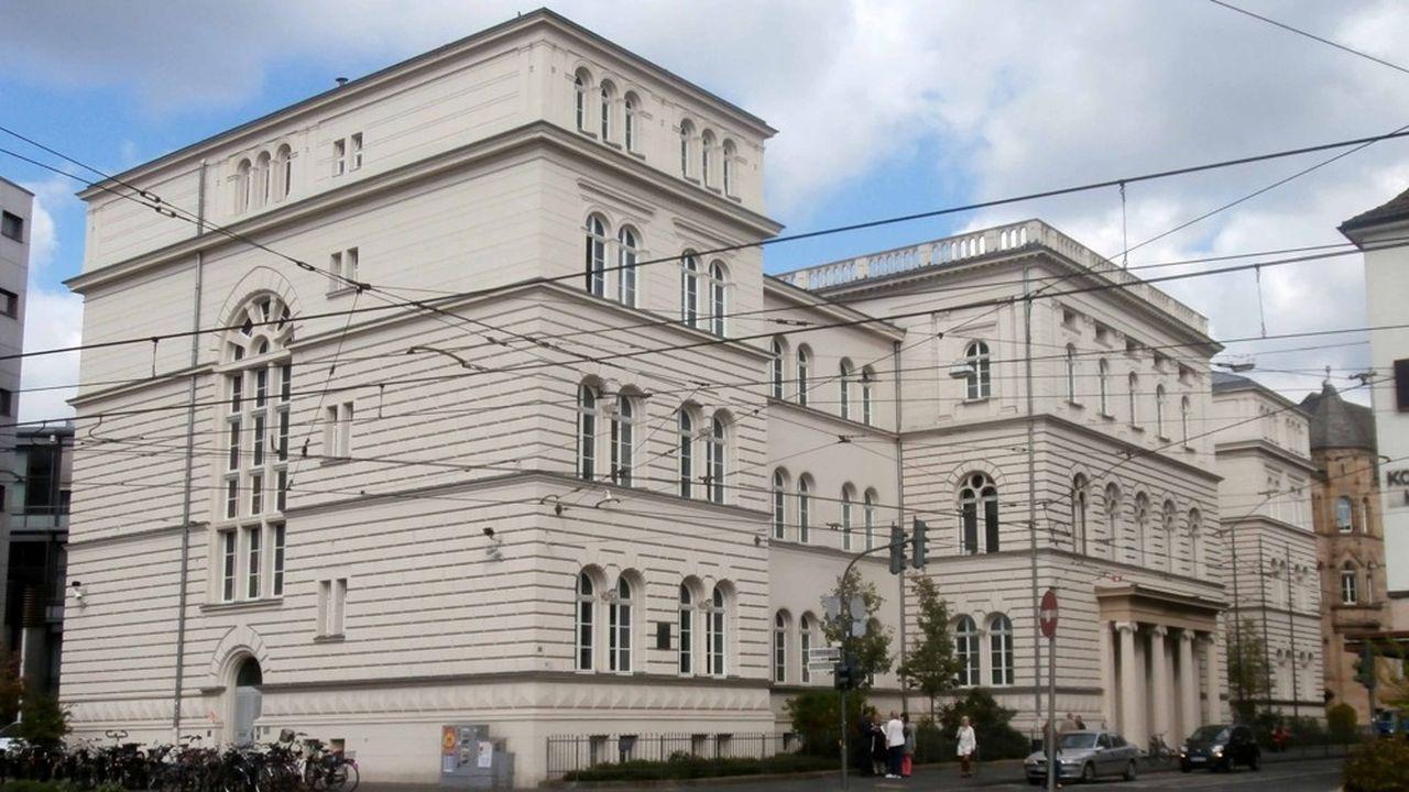 Le procès du scandale « Cum-ex » qui s'ouvre ce mercredi au tribunal de Bonn (photo), sera suivi de près par toutes les banques européennes.