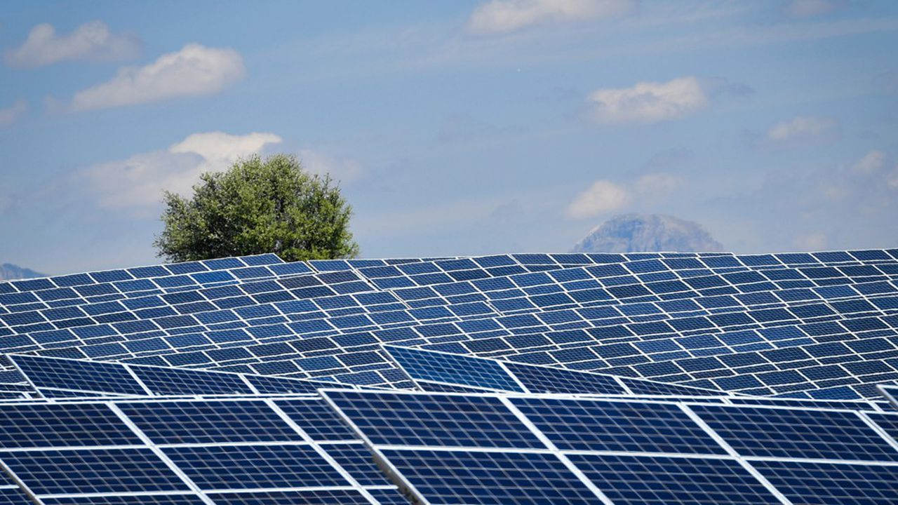 Les centrales solaires au sol devraient surtout bénéficier de ces appels d'offres prévus pour 2020.
