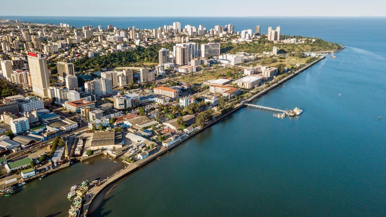 A Maputo, le gouvernement cherche à se sortir du scandale de la dette cachée.