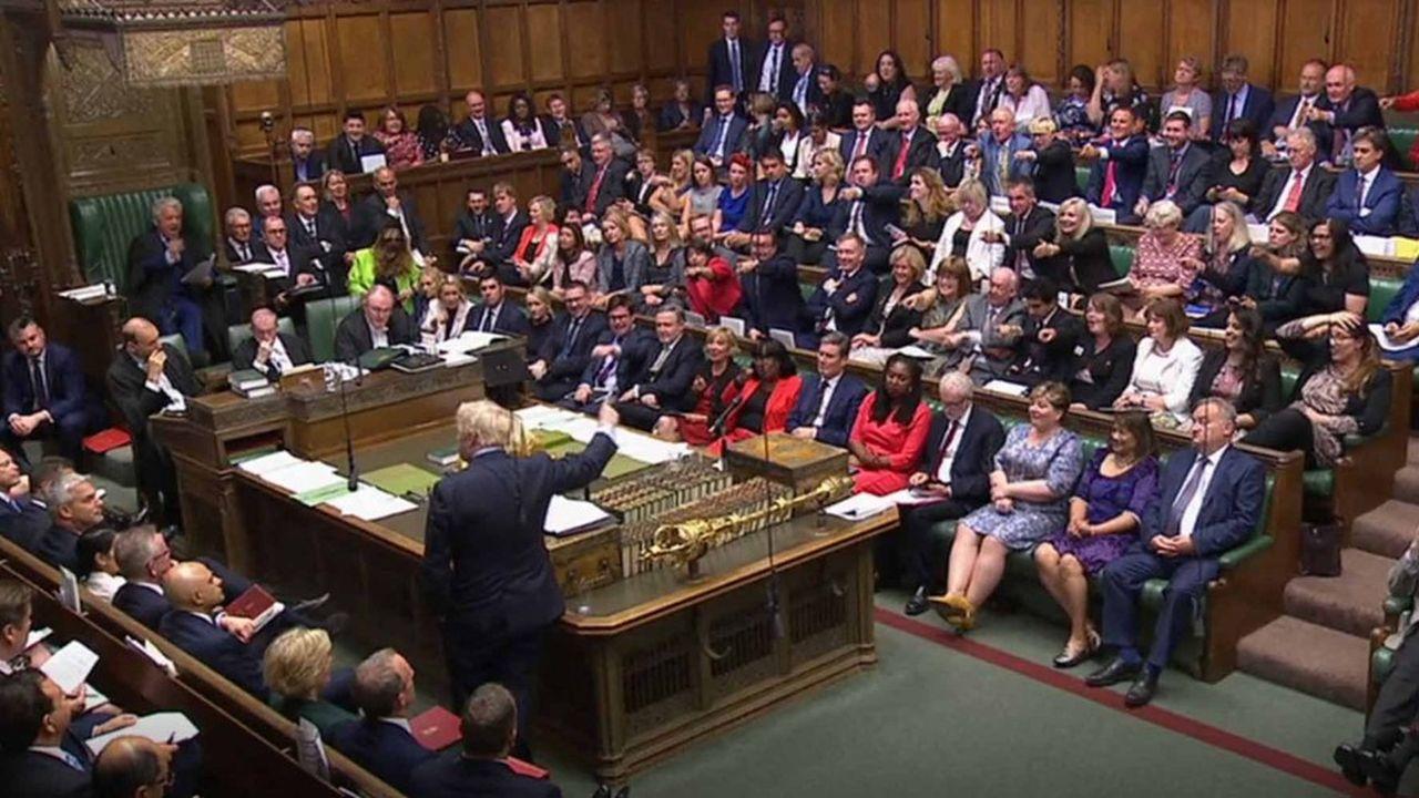 Les députés opposés à un Brexit sans accord sont lancés dans une course contre la montre avant la suspension du Parlement la semaine prochaine, probablement dès lundi, et ce pour cinq semaines.